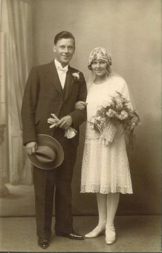 1930's Wedding photo. from @RachelVagabondBaker