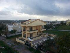 http://www.taselilileremlak.com/details-581-didim-mavisehirde-3+1-ayri-mutfakli-sifir-villa.html