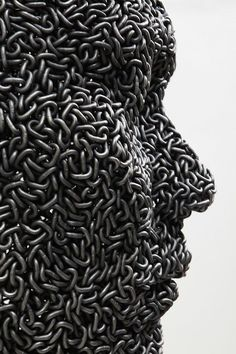 ★ ✯✦⊱ ❤️ ⊰✦✯ ★ Human Metal Sculptures Made From Tightly Welded Bicycle Chains By Korean Artist Seo Yeong Deok ★ ✯✦⊱ ❤️ ⊰✦✯ ★ Human Sculpture, Metal Art Sculpture, Art Sculptures, Steel Art, Welding Art, Welding Projects, Korean Artist, Aluminium, Installation Art