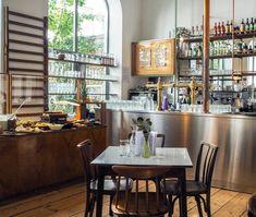 Brunch in der Turnhalle im Brick-5 in Wien Brunch, Vienna, Breakfast, Table, Furniture, Home Decor, Morning Coffee, Decoration Home, Room Decor