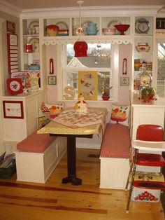 Ideas For Kitchen Retro Red Shelves Cute Kitchen, Red Kitchen, Country Kitchen, Kitchen Nook, Happy Kitchen, Cottage Kitchens, Home Kitchens, Retro Kitchens, Cuisines Design