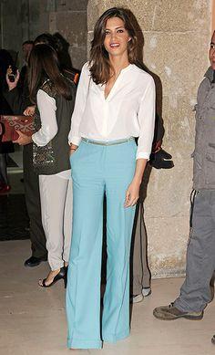 Sara Carbonero, con pantalones anchos, tipo palazzo