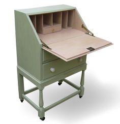 Small Bureau