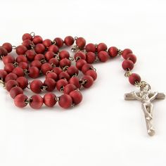 How To Pray The Rosary For A Deceased Person. Catholics pray the Rosary for many reasons, including the eternal rest of souls. Although it is possible to pray for a deceased persons' soul at any time with a rosary it is more common to see rosary ...