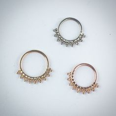 Handmade+rings,+made+from+14k+White,+Yellow+or+Rose+Gold.+Crimped+with+beaded+accents.+Stunning!+  All+18g+seam+rings.+