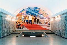 "Hans-Christian Schink, ""Korea"", Pjöngjang Metro 7, 1989, C-Print, 33,5 x 40 cm, Auflage 7"