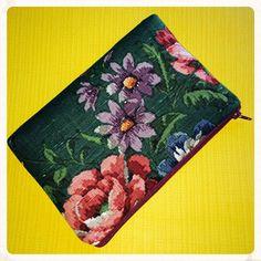 Vintage Fabric Clutch Bag Evening Bag Make Up by nataliefarrell