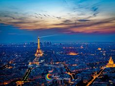 Paris is one of the most visited cities on the planet and probably on everyone's bucket list. In comparison to cities in the Americas or Asia, Paris isn't actually that large and all the parts are … Rio Sena, Metro Paris, Famous Monuments, Sunset Wallpaper, Hd Wallpaper, Online Travel, Paris Travel, City Lights, Amazing Destinations