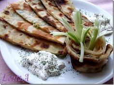 Placinta chinezeasca cu ceapa verde Scallion Pancakes Chinese, Pancakes And Waffles, Crepes, Scones, Food Styling, Tacos, Appetizers, Yummy Food, Ethnic Recipes