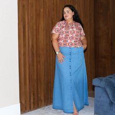 """679 curtidas, 13 comentários - Damares Duque (@benditasaia) no Instagram: """"Muito amor por essa saia longa da @kabene_ 💗 Linda e confortável! Entrem no Instagram da loja…"""""""