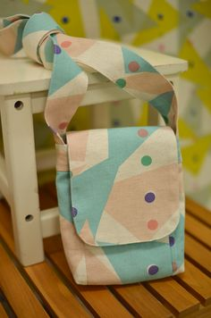 Mini Shoulder Bag -- sewing tutorial
