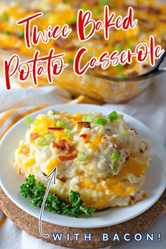 Looking for a great potato side dish? Twice Baked Potato Casserole is perfect! This delicious take on the classic twice baked potatoes recipe is full of flavor with ingredients like bacon, green onions, cheddar cheese, and sour cream. Your whole family will be asking you to make this again and again! Potato Sides, Potato Side Dishes, Vegetable Side Dishes, Potato Bar, Twice Baked Potatoes Casserole, Casserole Dishes, Casserole Recipes, Casserole Kitchen, Baked Potato Recipes