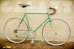 "Vintage 1974 RALEIGH ""Professional"" 56cm Road Bike // Fits~ 5'9 to 6'0"