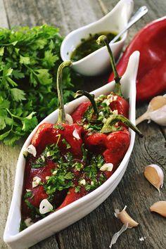 salata de ardei copti cu usturoi