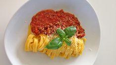 no - Finn noe godt å spise Bolognese, Pasta Dishes, Spaghetti, Pizza, Gluten Free, Ethnic Recipes, Food, Glutenfree, Essen