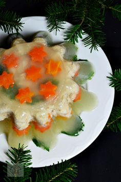 Racitura (piftie) de pui - CAIETUL CU RETETE Romanian Food, Romanian Recipes, I Want To Eat, Carne, Panna Cotta, Appetizers, Yummy Food, Ethnic Recipes, High Society