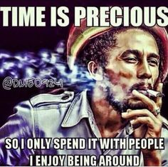 Bob and one good spliff! Reggae Bob Marley, Bob Marley Art, Bob Marley Quotes, Bruce Lee, Eminem, Caricatures, Rastafarian Culture, Bob Marley Pictures, Damian Marley