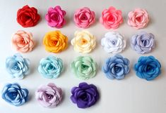 Paper Cutting, Different Colors, Paper Flowers, Colours, How To Make, Gifts, Beautiful, Presents, Favors