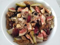 Fresh fig, pear, chickpea, currant, red kidney beans, tuna, dried fig and quinoa salad