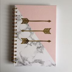 Accessories - Marbled notebook