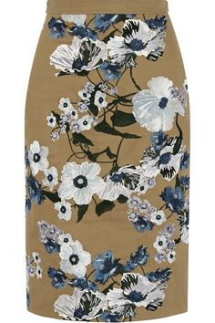 Another beautiful piece by this designer. (Erdem)
