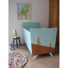 vintage babybedje 'haasje over' | www.mevrouwdeuil.nl