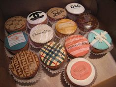 Designer cupcakes?! Now this is my kind of dessert<3 how fun for a girls night in!!!
