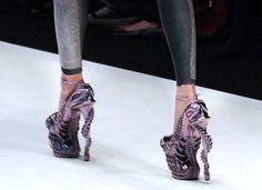 Crazy Stiletto Heels | Lady Gaga Dances In Alexander McQueen's 10-Inch Stilettos (PHOTOS ...
