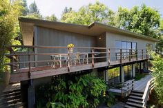 Mid Century Modern View Home in Hollywood Hills