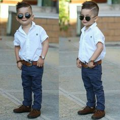 Will it melt your heart if your little son looks stylish? Cute Boy Outfits, Outfits Niños, Little Boy Outfits, Toddler Boy Fashion, Little Boy Fashion, Toddler Boy Outfits, Toddler Boys, Baby Boy Haircuts, Boy Hairstyles