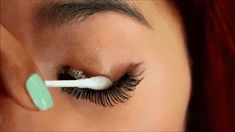 Use cotton buds and oil-free makeup remover to take off your lashes. | 16 Hacks For Everyone Who Wears False Eyelashes