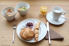 #Breakfast at #Tiffanys ... ehm ZEITGEIST VIENNA © VIENNA WEDEKIND Vienna, Eat, Breakfast, Ethnic Recipes, Desserts, Food, Morning Coffee, Meal, Deserts