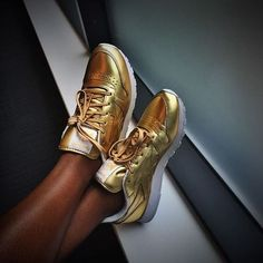 Bling BLING. @dom__dominique looks fab in the classic leather spirit Reebok trainers in gold.