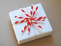 Striped Straw gift topper