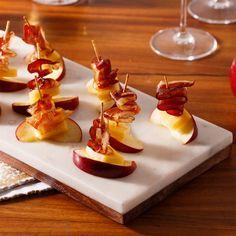 Pomme et canard fum Hors D'oeuvres, Foie Gras, Garam Masala, Salad Recipes, Panna Cotta, Waffles, Nom Nom, Buffet, Food And Drink