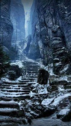 emperor's corridor prachov rocks czech republic