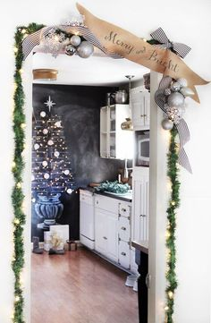 Top 40 Green And White Christmas Decoration Ideas Christmas Celebrations