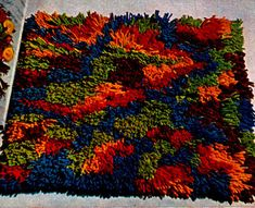 Cut Loop Rug Pattern-might be fun in diff colors this is too loud for me--looks like a playdough explosion