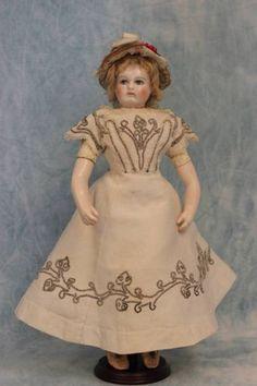 14-Antique-Rohmer-Doll-Orig-Trousseau-swivel-head-porcelain-arms-feet