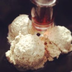 Chai coconut ice cream / Chai-Kokosnuss-Eis  - vegan, raw -