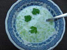 #YummyConcombre - Diana's Cook Blog: Tarator (Soupe froide aux concombres et yaourt)