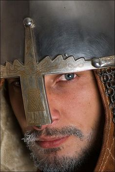 A west coast Canadian that enjoys doing Century medieval reenactment with the Society for Creative Anachronism, Pacific Association for Recreating the Middle Ages, and Adrian Empire. Viking Men, Viking Life, Vikings, Medieval Knight, Medieval Armor, Wolf, Viking Helmet, Knight In Shining Armor, Old Norse