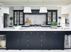 Charming Small Kitchen Design Black And White 91 In Furniture Home Design Ideas with Small Kitchen Design Black And White : Kitchen Kitchen Furniture, Kitchen Design Trends, Kitchen Trends, Kitchen Remodel, Interior Design Kitchen, New Kitchen, Home Kitchens, Kitchen Style, Kitchen Design