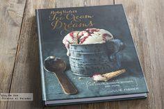 Ruby Violets Ice Cream Dreams, de Julie Fisher. El libro de recetas de helados para soñar.