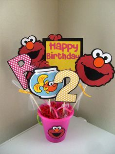 Elmo Centerpiece  Pick Your Colors by MitzsCreations on Etsy, $23.50