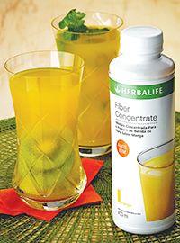 Fiber Concentrate com rodelas de Kiwi Ingredientes • 15 ml (1 e ½ colher de sopa) de Fiber Concentrate • 185 ml de água gelada • ½ kiwi Modo de preparo: Prepare a bebida conforme a instrução da embalagem. Acrescente meio kiwi em rodelas no fundo copo. Sirva a seguir  #MEUDESAFIOFIT90DIAS #HerbalifeFortaleza #HerbalifeAldeota #HerbalifeMeireles #EstilodeVidaSaudável #EVSHerbalifeAldeota