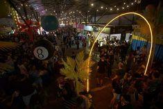 """Παλιό Αμαξοστάσιο Ο.Σ.Υ. στο Γκάζι  4-5-6, 11-12-13, 18-19-20 ΜΑΪΟΥ 2018    3o ATHENS STREETFOODFESTIVAL  2ο τριήμερο με ανανεωμένα μενού και μεγάλο πάρτυ!    Το πρώτο τριήμερο τουAthens Street Food Festivalστέφθηκε με μεγάλη επιτυχία!Foodies,οικογένειες, παρέες, οι πιο όμορφες """"φάτσες"""" της πόλης και πολλοί τουρίστες βρέθηκαν στον ριζικά ανανεωμένο χώρο του"""