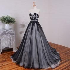 D.W.U Long Black White Tulle Gothic Wedding Dresses Vintage Bridal... ❤ liked on Polyvore featuring dresses, bridal dresses, vintage dresses, vintage tulle dress, black and white dresses and gothic lolita dress