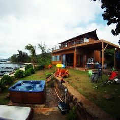 "@fasi34's photo: ""I miss this house so much! Running tables with @justjus808 then yacking  cuz @megankono fakd us over #tbt #northshore #beachhouse #3daysofgettingturnt #missit"""