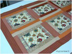 """""""caminho de mesa em patchwork"""" by ateliecosturarte, via Flickr"""